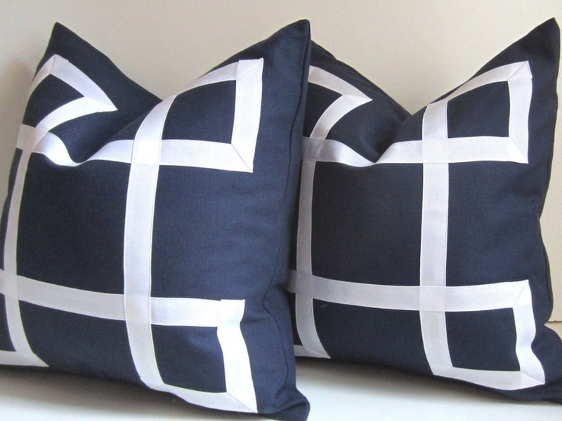 24 Inch Pillows Decorative