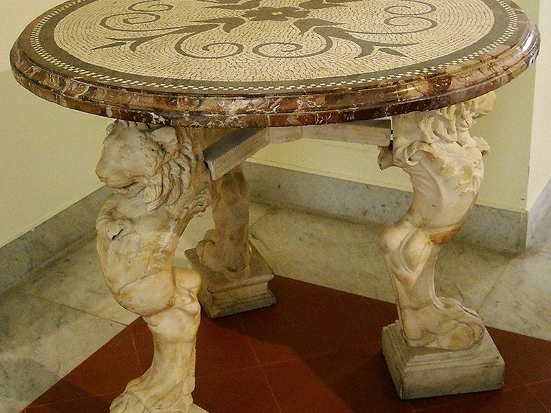 Ancient Greek And Roman Furniture