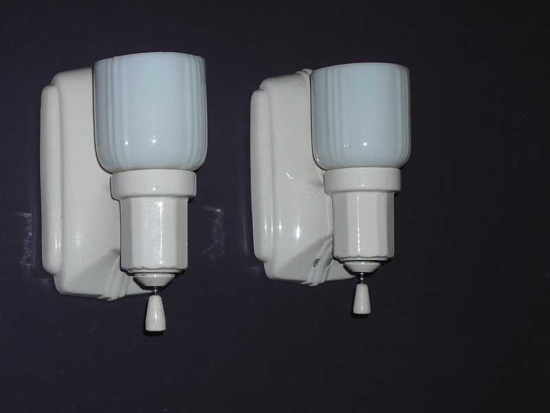 Antique Bathroom Light Fixtures