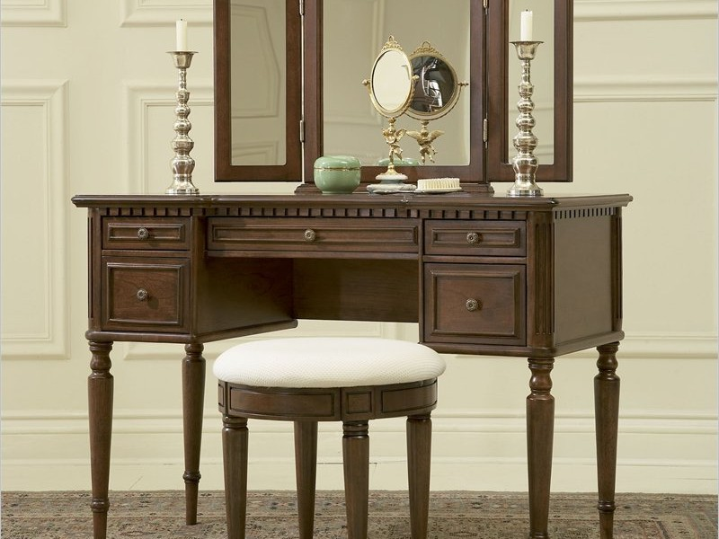 Antique Vanity Table With Mirror And Bench