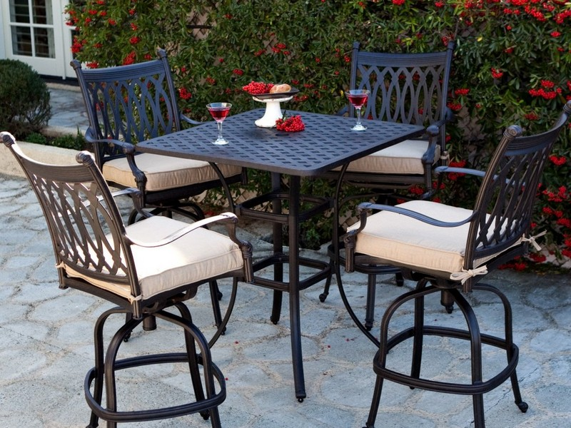 Apartment Patio Furniture