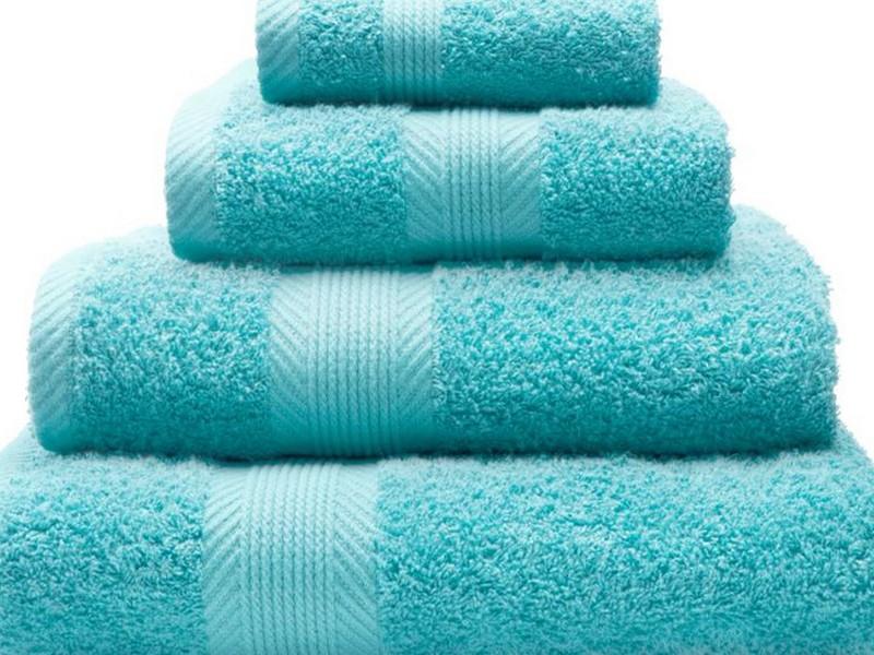 Aqua Blue Bath Towels