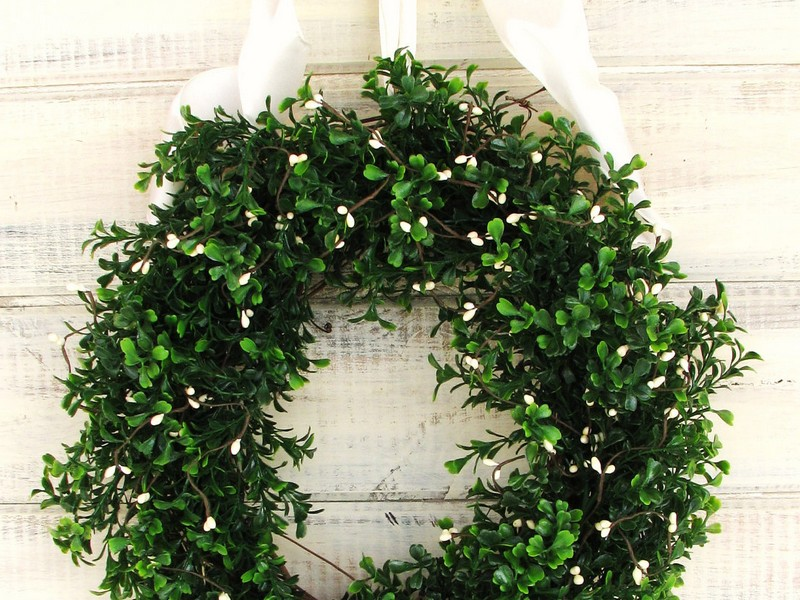 Artificial Boxwood Wreath Outdoor