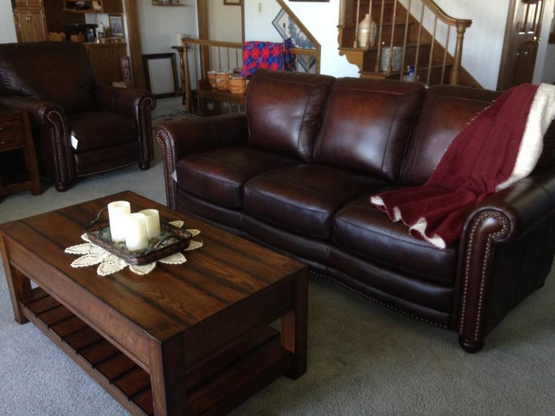 Bassett Leather Sofa And Loveseat