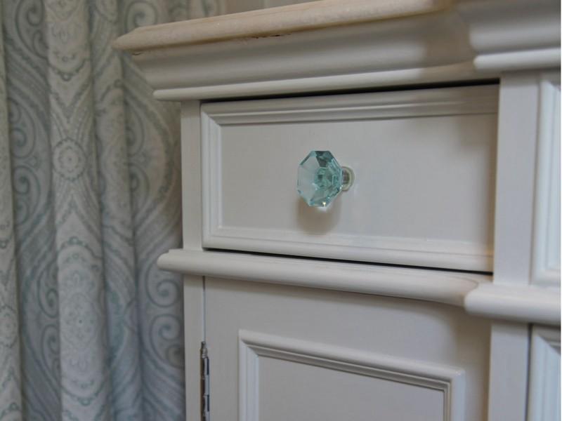 Bathroom Cabinet Knobs Glass