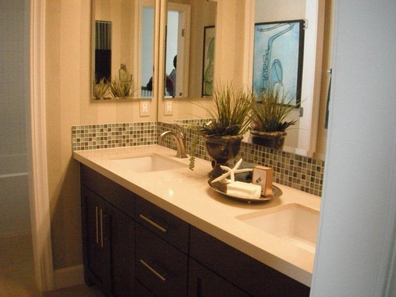 Bathroom Double Vanity Decorating Ideas