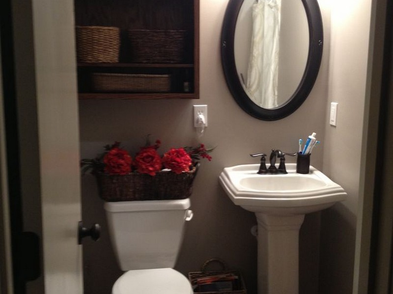 Bathroom Mirrors Over Pedestal Sinks
