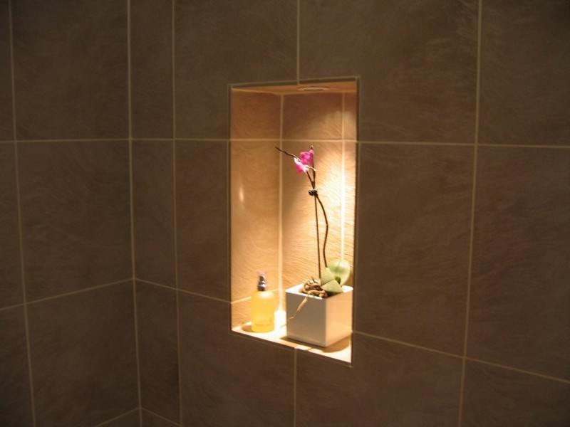 Bathroom Niche Lighting