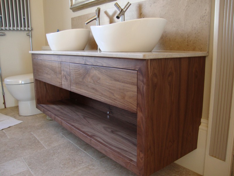 Bathroom Sinks And Vanity Units