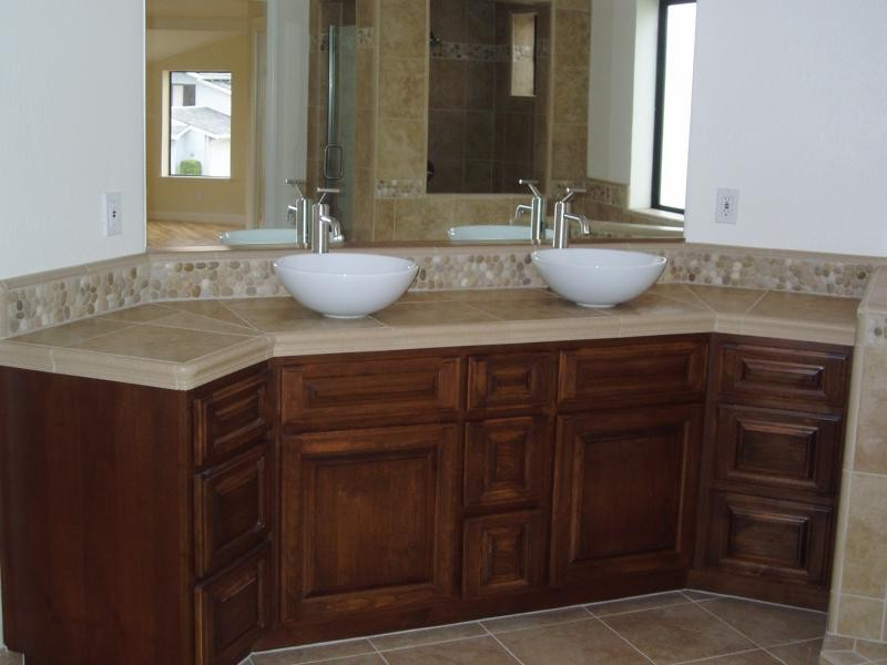 Bathroom Vanities Backsplash Ideas