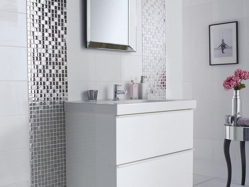 Bathroom Wallpaper Borders Ideas
