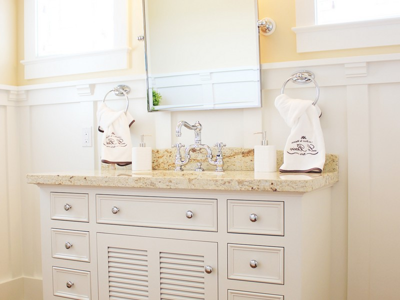 Beach Cottage Bathroom Vanity