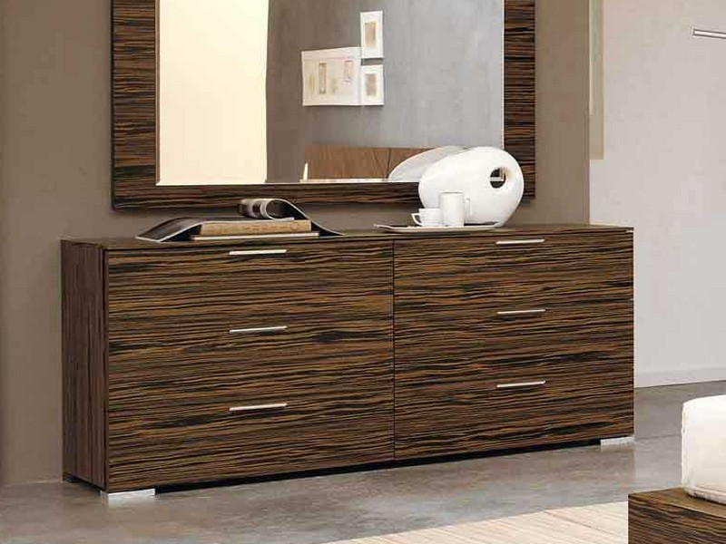 Bedroom Dressers With Mirror