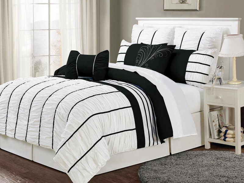 Black And White Coverlet Queen