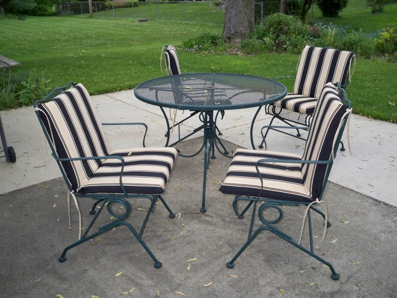 Black And White Striped Chair Pads