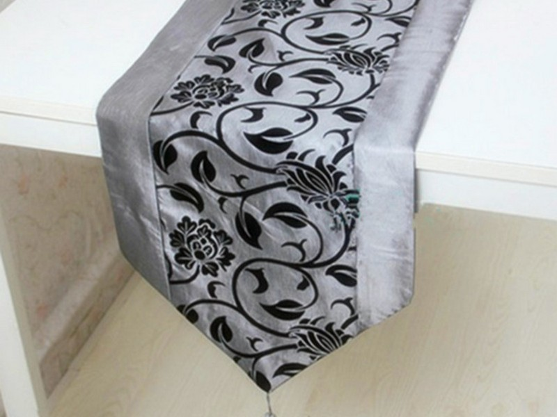 Black And White Table Runners Australia
