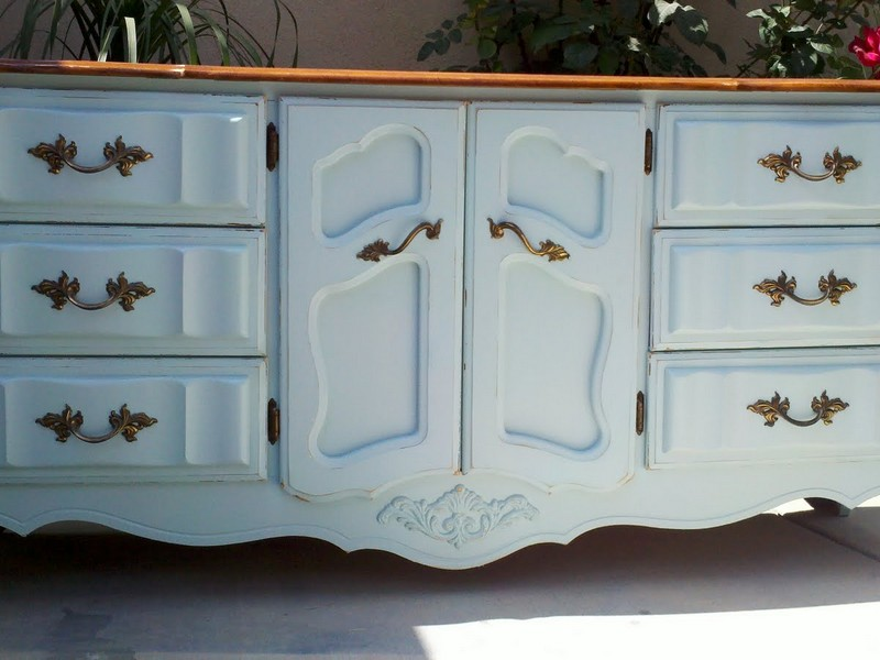 Blue And White Distressed Furniture