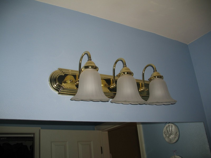 Brass Bathroom Lighting Fixtures