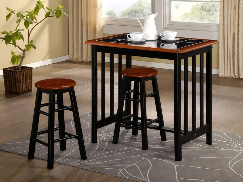 Breakfast Bar Table And Chairs Set