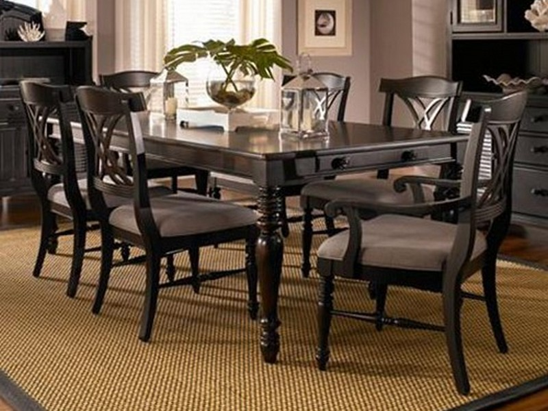 Broyhill Dining Room Set