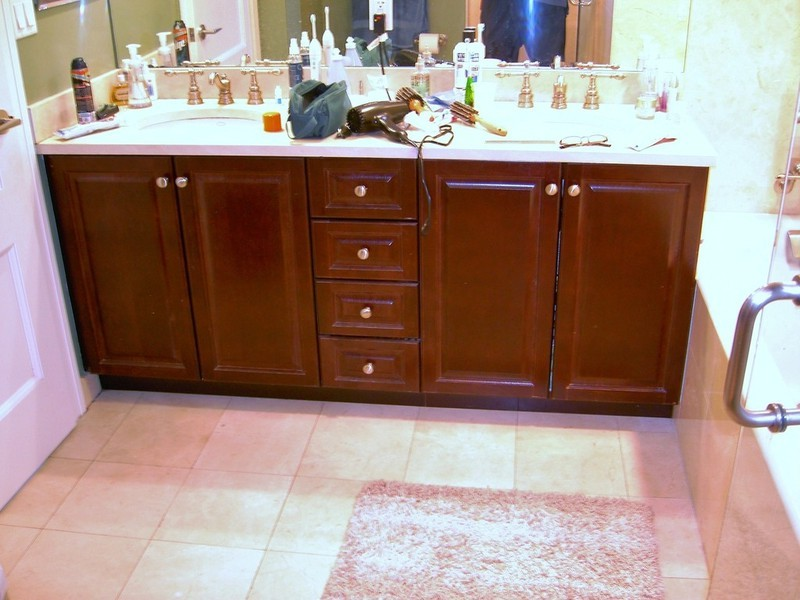 Built In Bathroom Vanity Cabinets