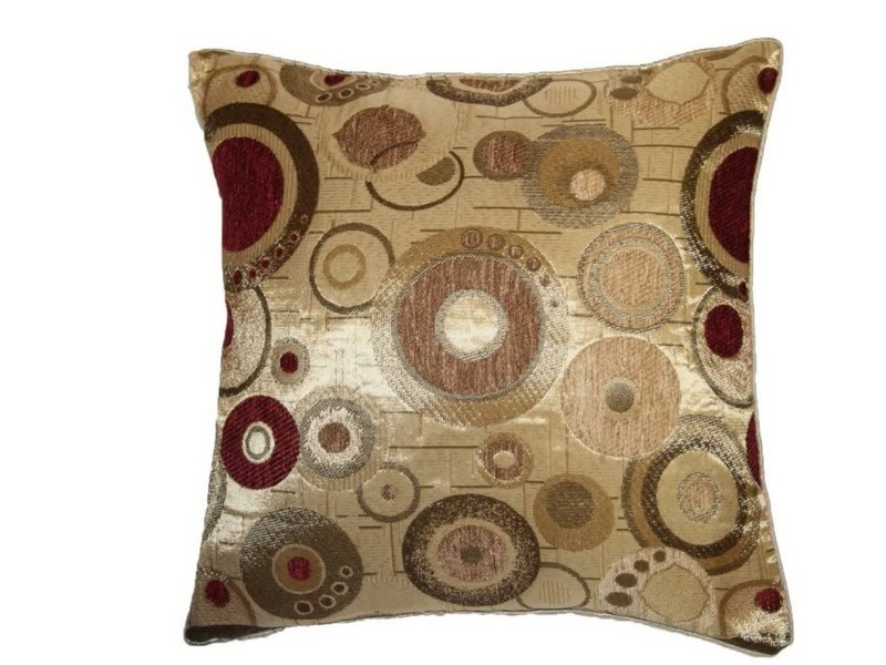 Burgundy Throw Pillows