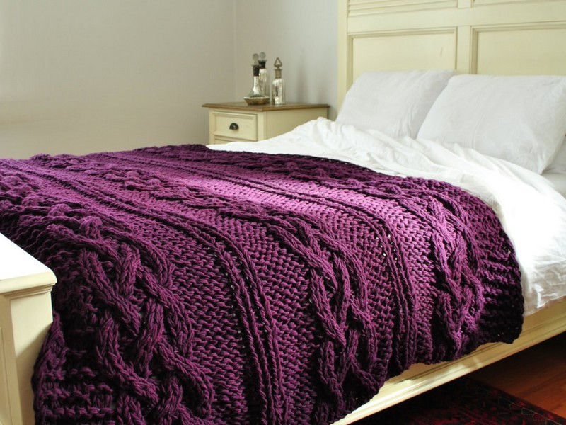 Cable Knit Comforter King
