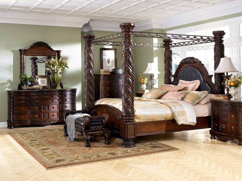 Canopy Bedroom Sets King Size