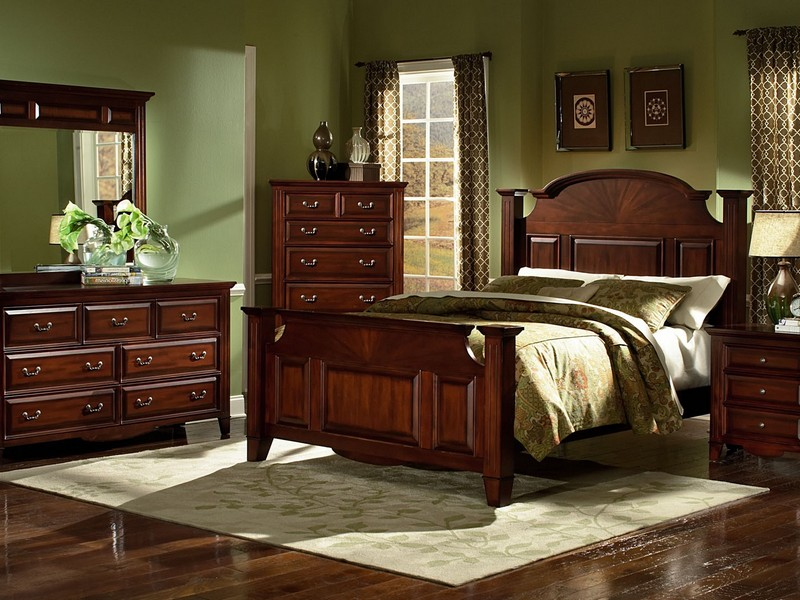 Canopy Bedroom Sets King