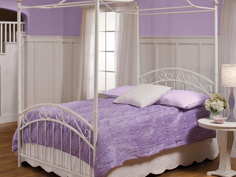 Canopy Twin Bed