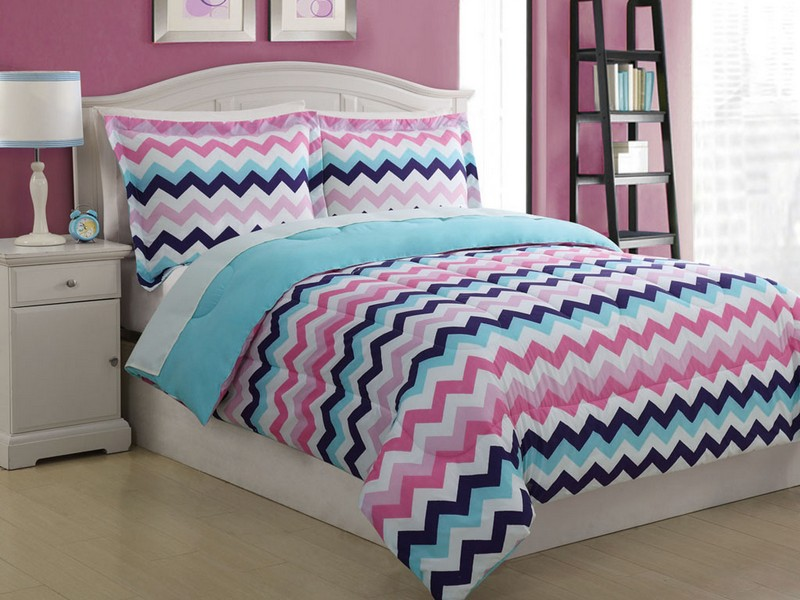 Chevron King Bedding
