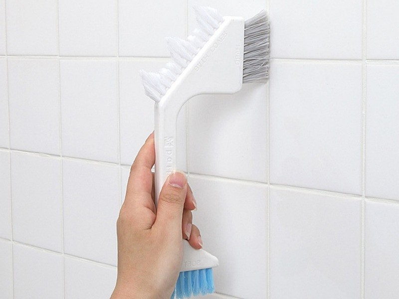 Cleaning Bathroom Grout Mold