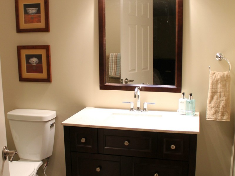 Clearance Bathroom Vanity Units