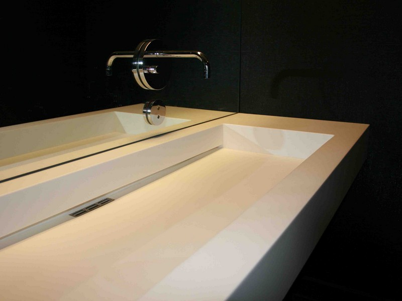 Commercial Bathroom Sinks And Faucets
