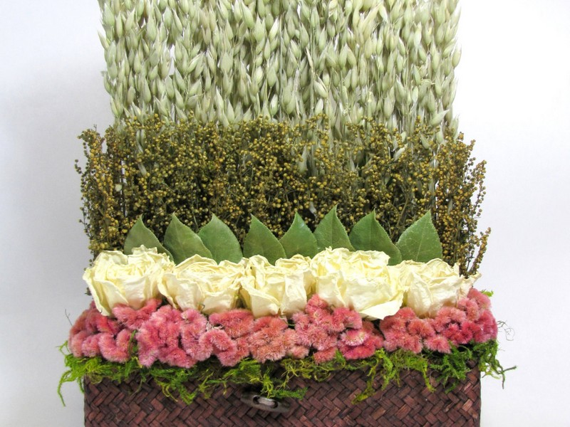 Contemporary Dried Floral Arrangements