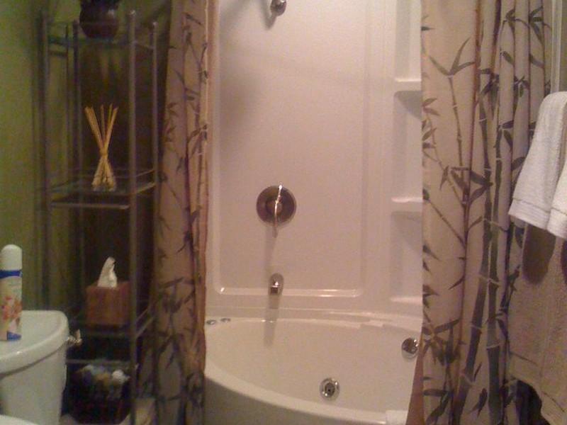 Corner Bathtubs For Small Bathrooms