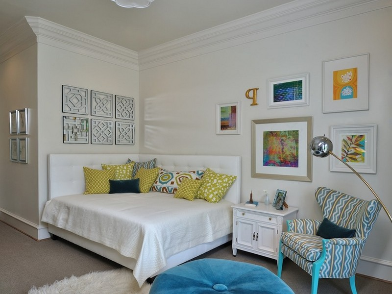 Corner Bed Headboard Ideas