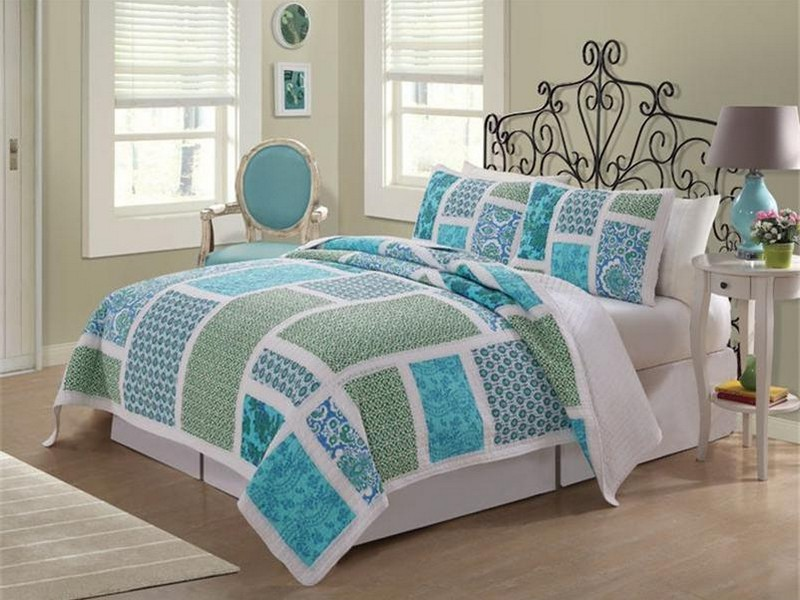 Cottage Style Bedding