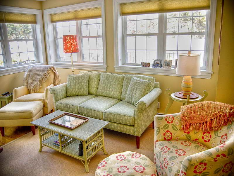 Cottage Style Living Room Furniture