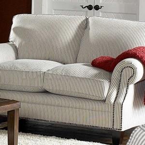 Cottage Style Sofas