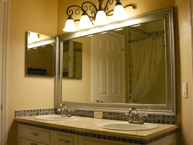 Crown Molding Around Bathroom Mirror