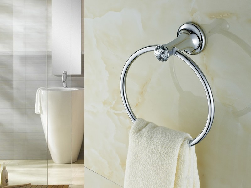 Crystal And Silver Bathroom Accessories