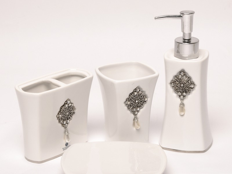 Crystal Bathroom Accessories Uk
