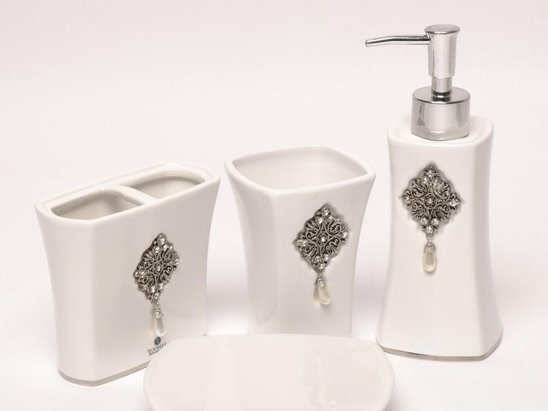 Crystal Bathroom Accessories Uk
