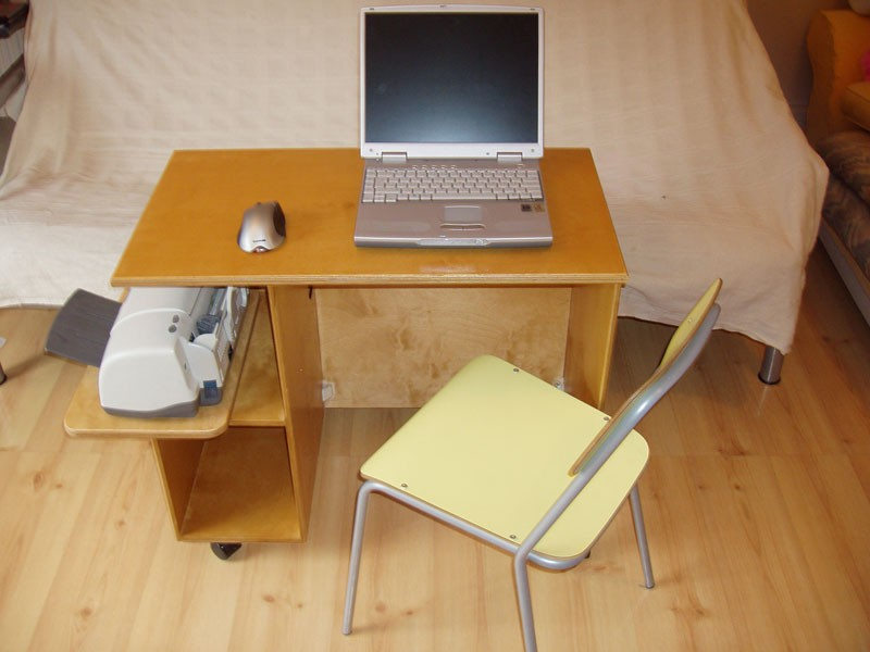 Custom Made Desks Uk