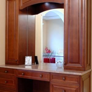 Custom Wood Bathroom Vanities