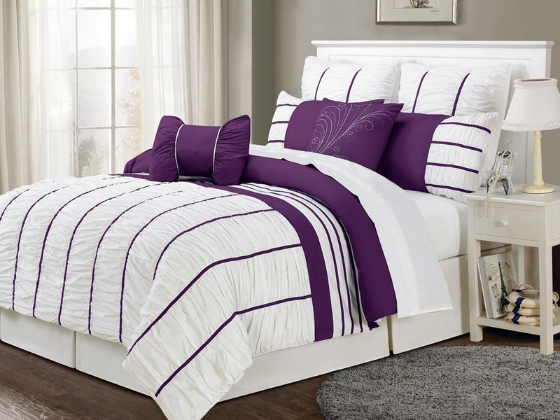 Dark Purple And White Bedding