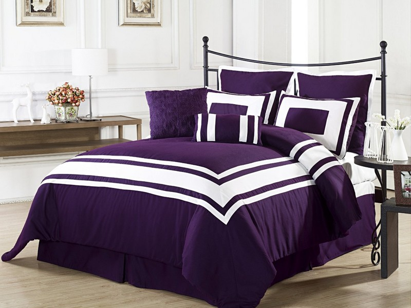 Dark Purple Bedding