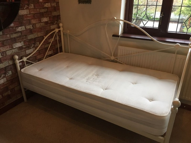 Daybed With Mattress Included
