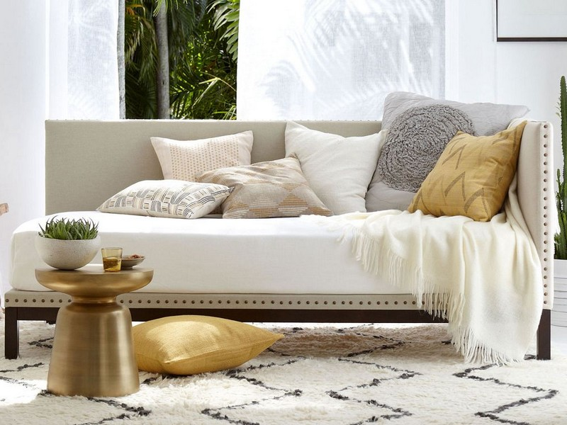 Daybeds For Living Rooms